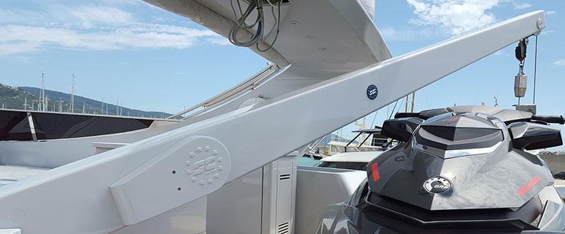 Boat davit crane 600