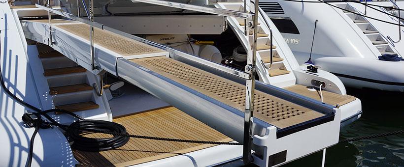 Passerella barca due elementi