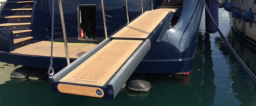 Yachts gangway with two elements
