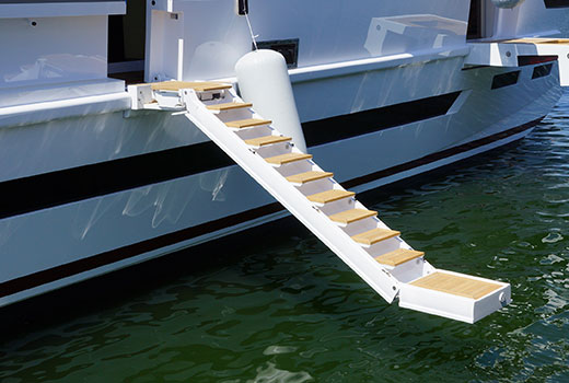 Yacht boarding equipments and boarding ladders