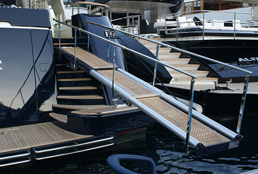 Yacht boarding equipments and passerelles