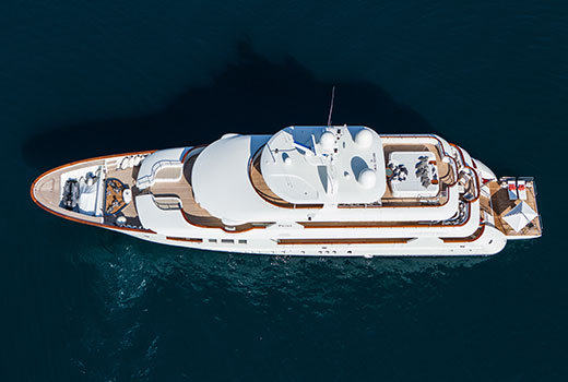 Luxury yacht boarding equipments