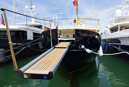 Yacht boarding equipments for refit